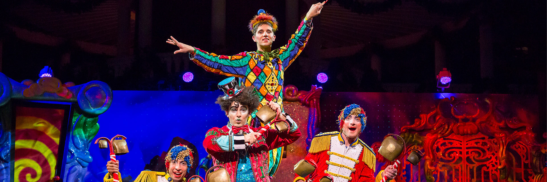 Cirque Dreams Unwrapped Stage Show in Kissimmee Hotel